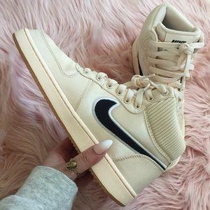 New Nike Women's Ebernon Sneaker